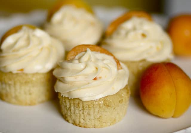 Brown Butter Apricot Cupcakes