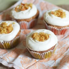 Classic Carrot Cupcakes with Cream Cheese Frosting
