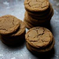 Easy Molasses Crinkle Cookies