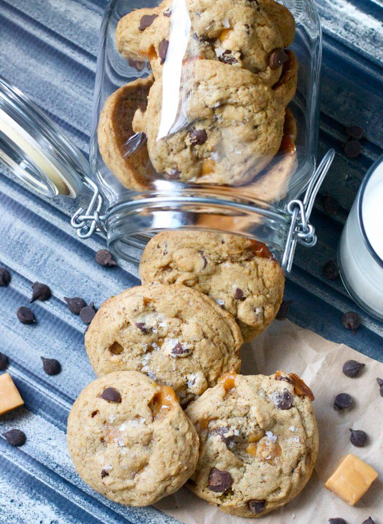 dark choc caramel cookies