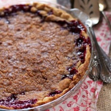 Blackberry Cranberry Crisp Pie