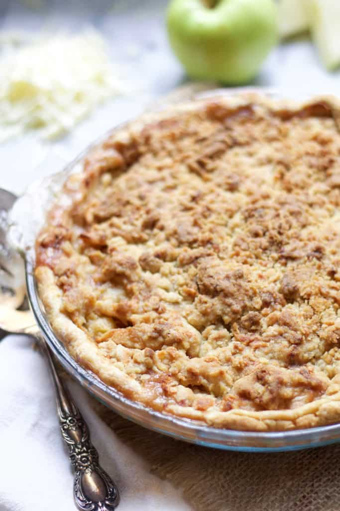 Cheddar Streusel Apple Pie