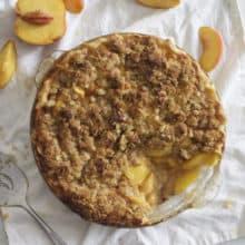 Juicy Peach Crumb Pie