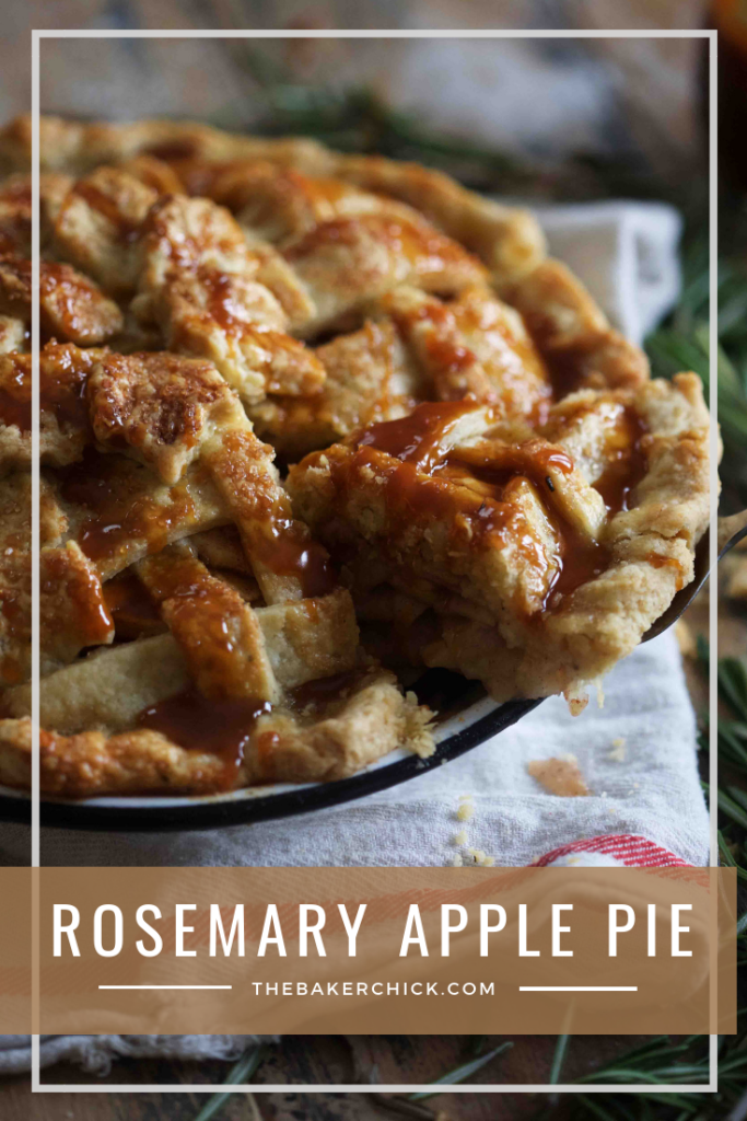 Rosemary Apple Pie- a delicious twist on a classic! #thanksgiving #applepie