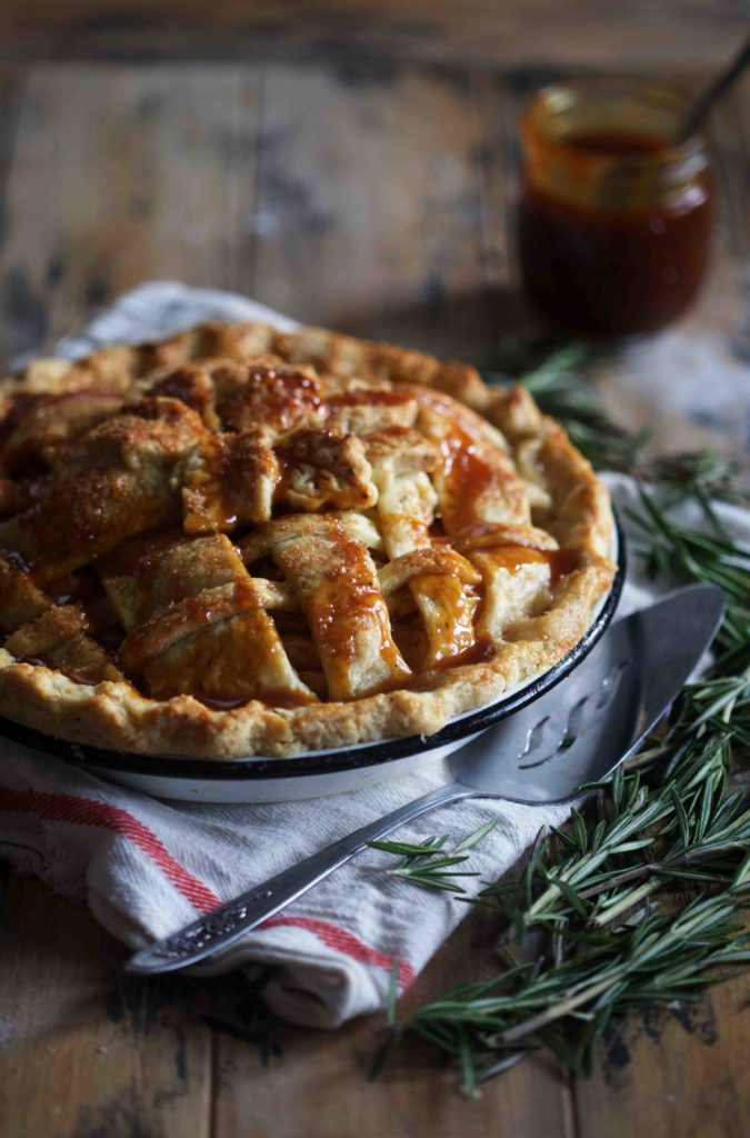 Apple Rosemary Pie