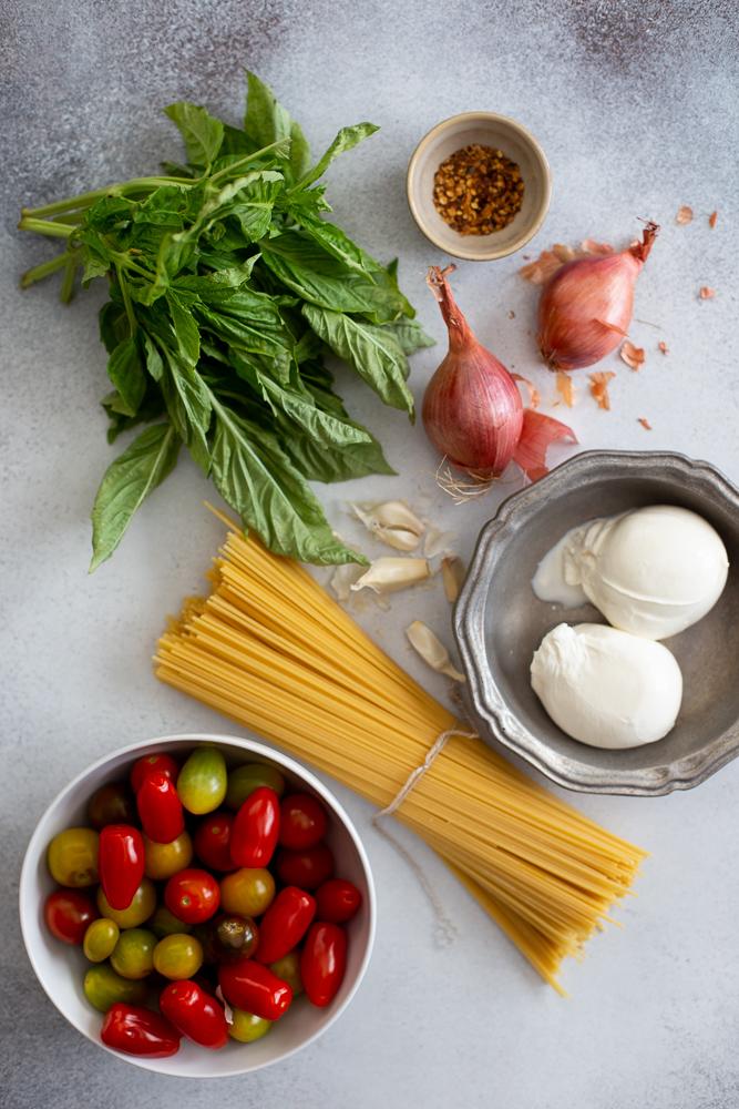 One-Pot Burrata Caprese Pasta