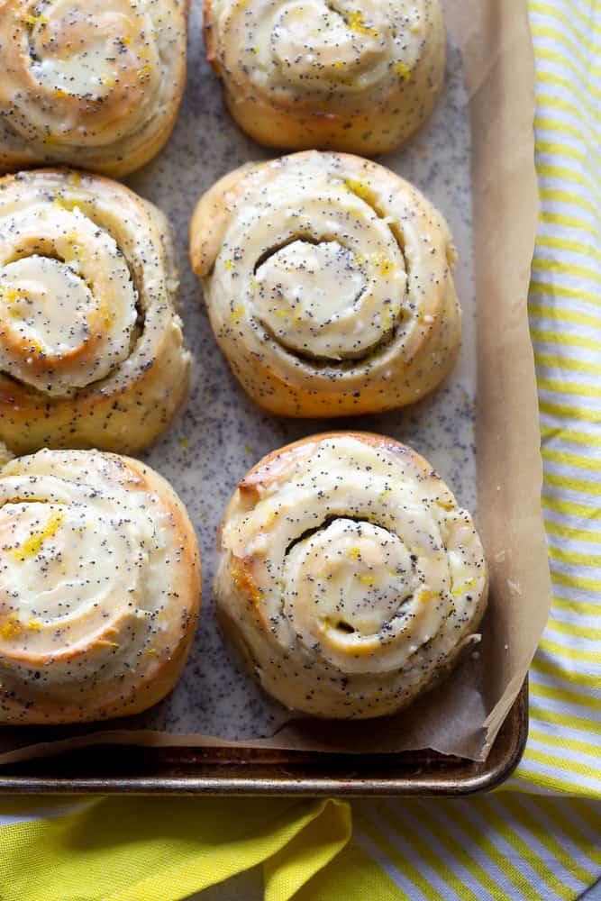 Lemon Poppyseed Buns